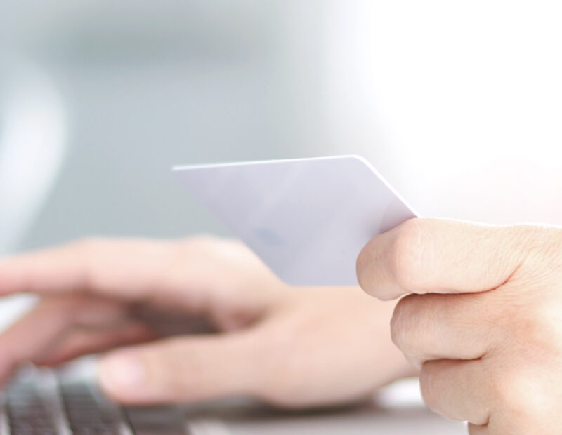 Credit Card vs StashFin Credit Line Card Which is better and why
